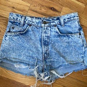 Vintage orange tab Levi's acid wash shorts